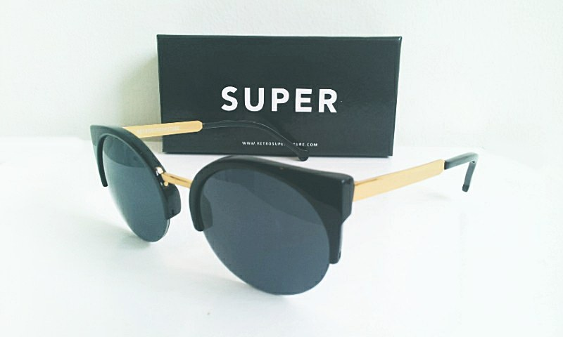 super Lucia Francis Black 4200 บาท